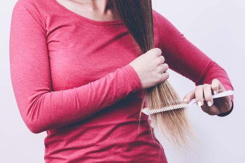 縮毛矯正 髪 チリチリ