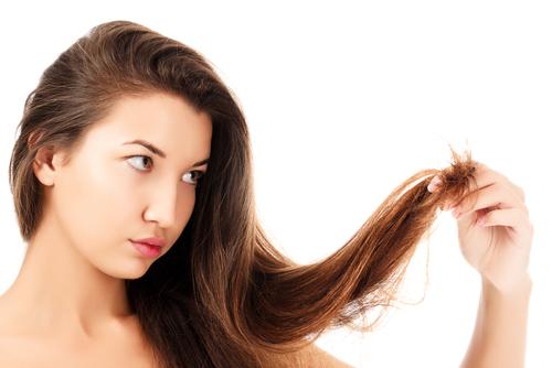 髪 伸びる 早い 女性ホルモン