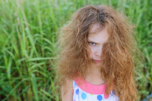 生まれつき 髪 チリチリ