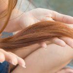髪にオイルを塗りすぎた場合の対処法とは?オイルの塗りすぎは危険?