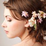 卒業式で差をつけよう♪大人気!生花を使ったヘアスタイルで華麗に変身♪