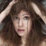 梅雨の髪型をキープするコツはコレでした!ストレート&巻髪編♪