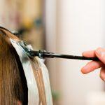 髪がうまく染まらない理由って?今流行の髪の内側だけ染める方法はコレ!